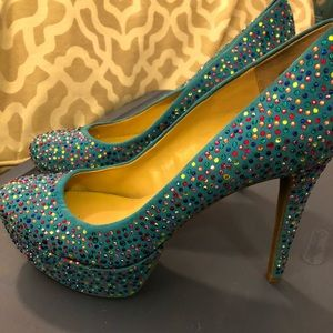 Gianni Bini Teal Legacy heels w multicolor stones